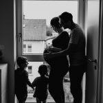 Fotografin Babybauch Speyer, Familien Fotos mit Zwillingen