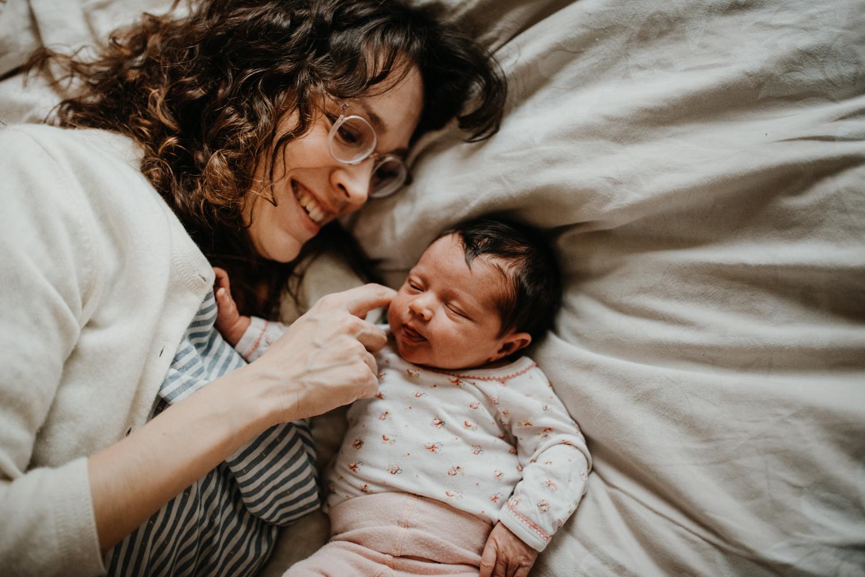 Fotograf Landau Pfalz, Fotoshooting Fotograf Neugeboren, Homestory, Fotos zuhause, natürliche Fotos Baby Fotograf Pfalz Landau